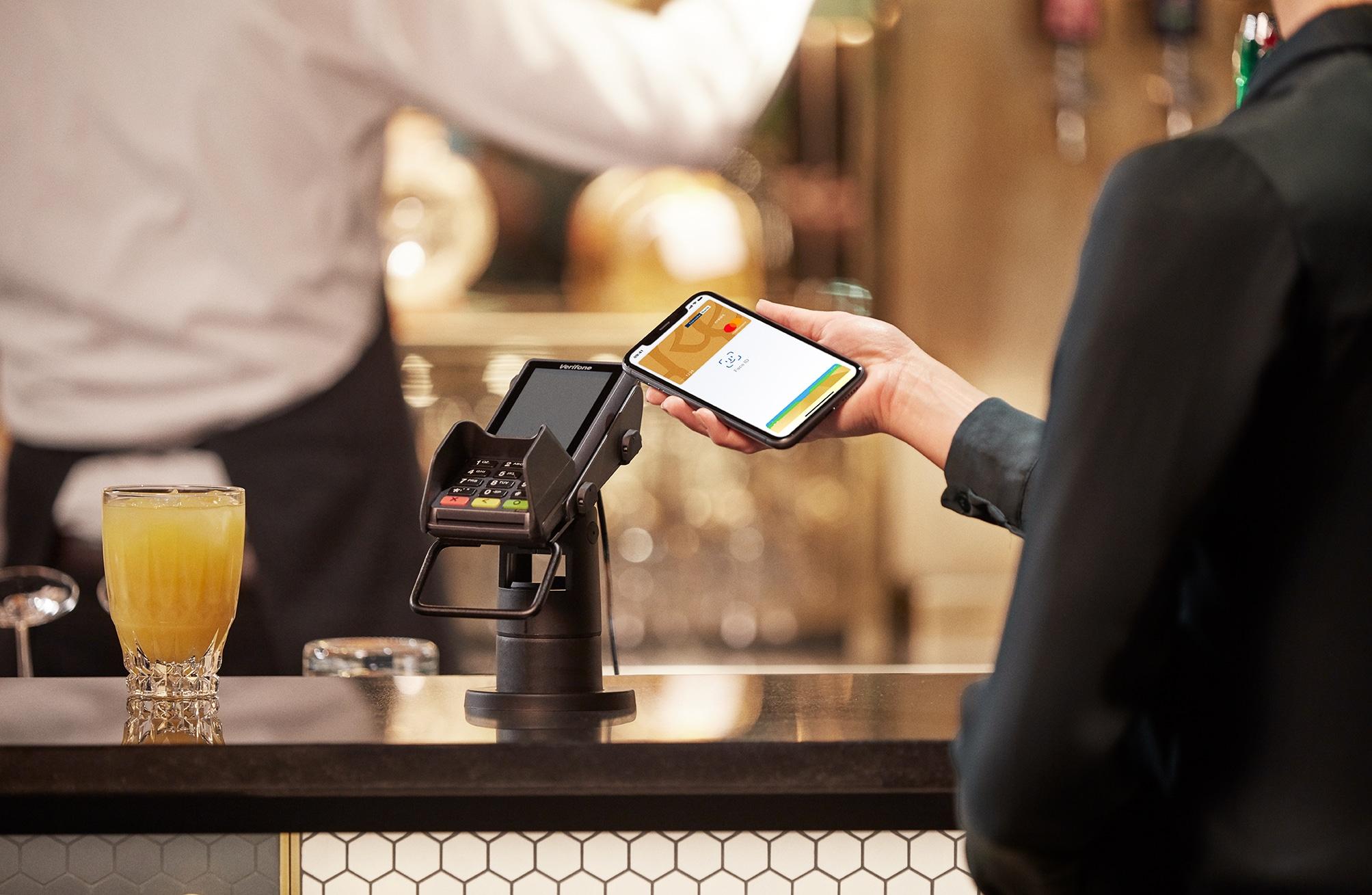 Apple Pay, Danske Bank by Morten Larsen Photography