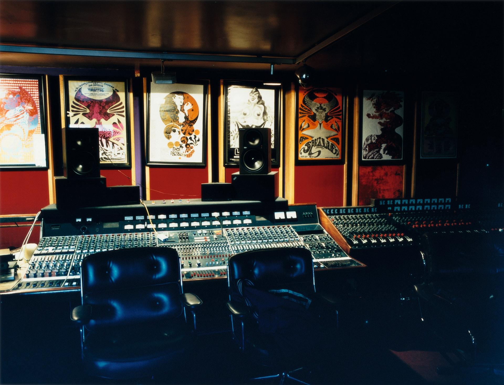 Oasis' Studio